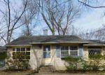 Foreclosed Home en CORNELL AVE, Cherry Hill, NJ - 08002