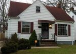 Foreclosed Home en WATERBURY AVE, Maple Heights, OH - 44137