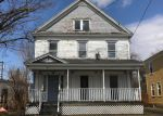 Foreclosed Home en E BACON ST, Waterville, NY - 13480