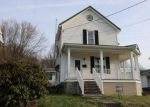 Foreclosed Home in BROADWAY ST, Rockwood, PA - 15557