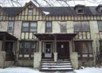 Foreclosed Home en HOLYOKE AVE, Cleveland, OH - 44112