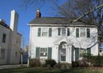 Foreclosed Home en BRAEMAR RD, Cleveland, OH - 44120