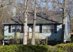 Foreclosed Home en SPRUCE AVE, Absecon, NJ - 08205