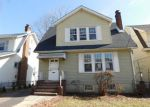 Foreclosed Home en HENNESSY PL, Irvington, NJ - 07111