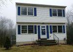 Foreclosed Home en OXFORD WAY, Torrington, CT - 06790
