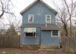 Foreclosed Home en GLENWILD AVE, Bloomingdale, NJ - 07403