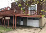 Foreclosed Home en PENNVIEW DR, Pittsburgh, PA - 15235