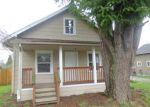 Foreclosed Home en S TOWER AVE, Centralia, WA - 98531