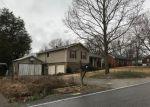 Foreclosed Home en STRASSER DR, Nashville, TN - 37211