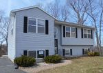 Foreclosed Home en LAURA CIR, New Haven, CT - 06513