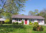 Foreclosed Home en ETHAN ALLEN WAY, Louisville, KY - 40272