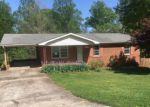 Foreclosed Home en WHISPERING PINES DR, Newton, NC - 28658