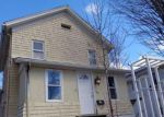Foreclosed Home en DIVINITY ST, Bristol, CT - 06010