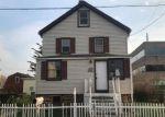 Foreclosed Home en HARDING AVE, Stratford, CT - 06615
