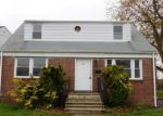 Foreclosed Home en CHARLES ST, Belleville, NJ - 07109