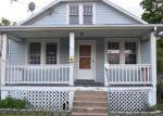 Foreclosed Home en VIRGINIA AVE, Front Royal, VA - 22630