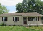 Foreclosed Home en DIXIE BELLE DR, Winchester, VA - 22602