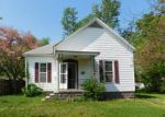 Foreclosed Home en W WARMOUTH ST, Salem, IL - 62881