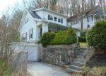 Foreclosed Home en FORREST ST, Bluefield, WV - 24701