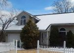 Foreclosed Home en CALO ST, Waterbury, CT - 06708