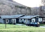 Foreclosed Home in HENSLEE HOLLOW LN, Rabun Gap, GA - 30568