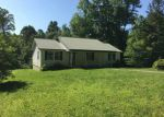 Foreclosed Home en PIG SKIN RD, Stearns, KY - 42647