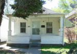 Foreclosed Home en E HILL ST, Louisville, KY - 40217