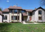 Foreclosed Home en VILLA GRANDE CIR, Clinton Township, MI - 48038
