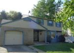 Foreclosed Home en WINDSOR DR, Cherry Hill, NJ - 08002