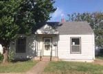 Foreclosed Home in S CHEYENNE ST, Hennessey, OK - 73742