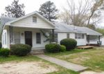 Foreclosed Home in N UNION ST, Bolivar, TN - 38008