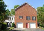 Foreclosed Home en GLASGOW DR, Amherst, VA - 24521