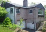 Foreclosed Home en KELSEY AVE, West Haven, CT - 06516