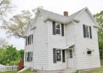 Foreclosed Home en HANOVER ST, Wallingford, CT - 06492