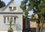 Foreclosed Home en MITCHELL AVE, Linden, NJ - 07036