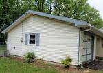 Foreclosed Home en E RIVER DR, Willingboro, NJ - 08046