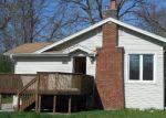 Foreclosed Home en N BONNIE BRAE AVE, Elmhurst, IL - 60126