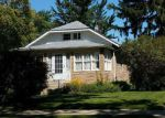 Foreclosed Home en WALTER AVE, Des Plaines, IL - 60016
