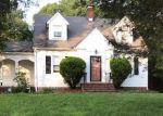 Foreclosed Home en FIELDING LN, Temple Hills, MD - 20748