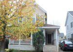 Foreclosed Home en WALNUT ST, Holyoke, MA - 01040