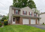 Foreclosed Home en THOMPSON AVE, Roselle, NJ - 07203
