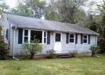 Foreclosed Home en EAST RD, Broad Brook, CT - 06016