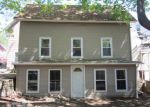 Foreclosed Home en SPRING ST, Willimantic, CT - 06226