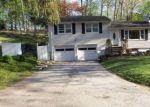 Foreclosed Home en W SHORE TRL, Sparta, NJ - 07871