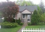 Foreclosed Home en EYLAND PL, Succasunna, NJ - 07876