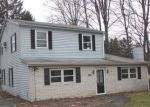 Foreclosed Home en ALGONQUIN DR, Newburgh, NY - 12550