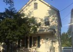 Foreclosed Home en CHARLES ST, Perth Amboy, NJ - 08861
