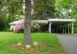 Foreclosed Home en DAVENPORT RD, West Hartford, CT - 06110