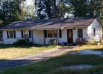 Foreclosed Home en PIN OAK DR, King, NC - 27021