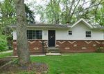Foreclosed Home en ENDICOTT DR, Akron, OH - 44313